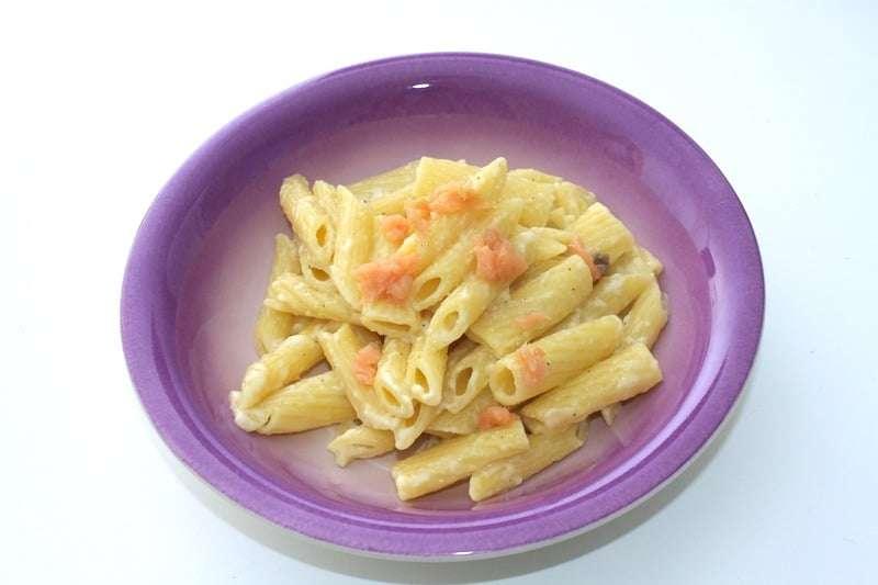pasta lachs salsa parmigiano